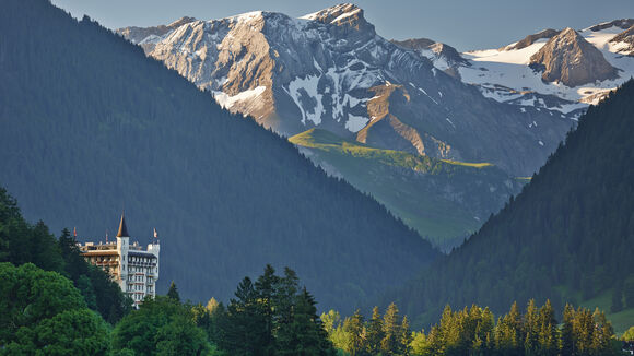 The Destination Gstaad caters attractive accommodation for every taste.